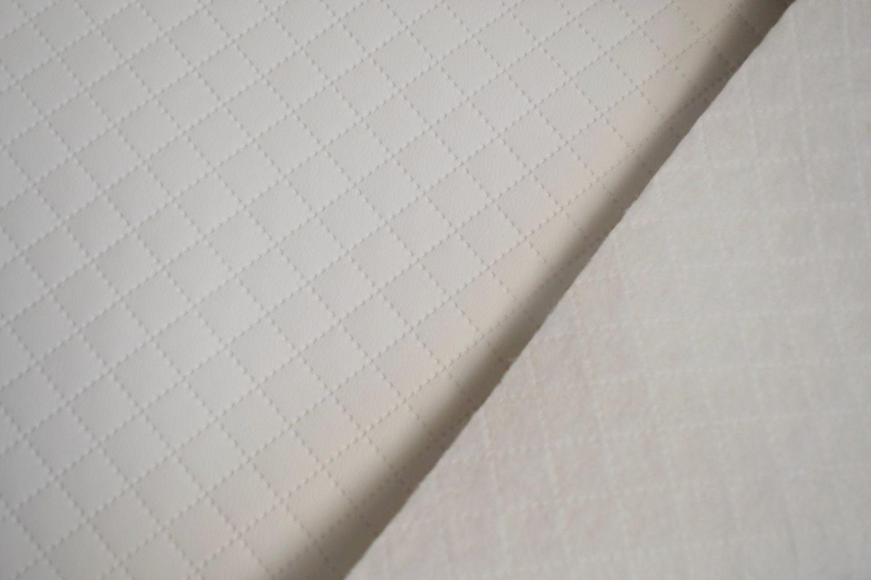 látka-prošívaná-ekokůže-(koženka)-ekosoft-karo-ek-barva-bílá